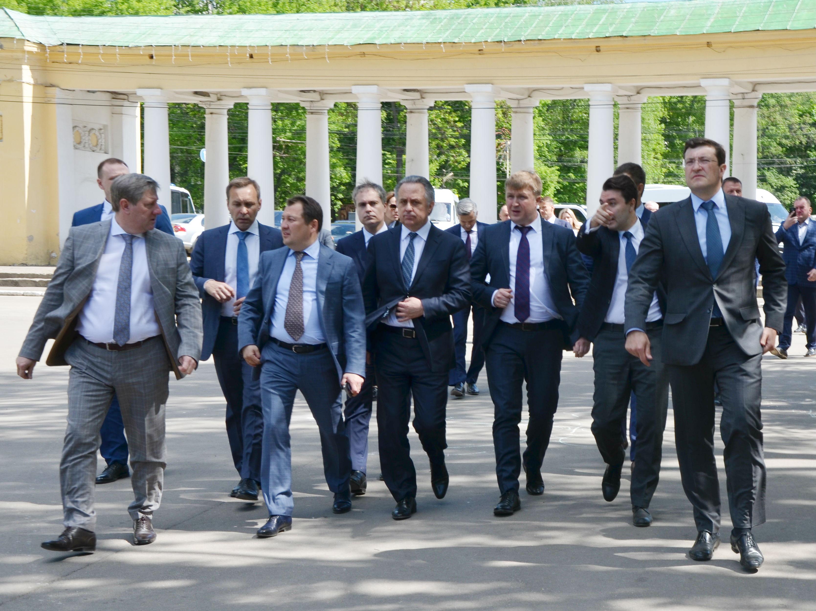 Виталию Мутко представили концепцию развития парка Швейцария (Приокский) в Нижнем Новгороде