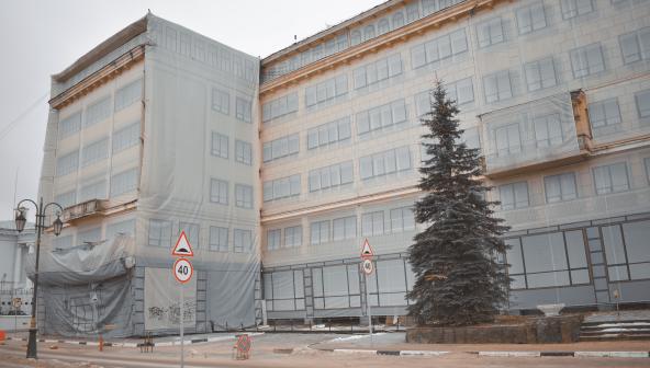 Что нужно нижегородцам и туристам в здании на месте гостиницы «Россия»